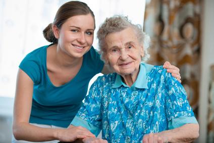 Soins à domicile pour une personne âgée